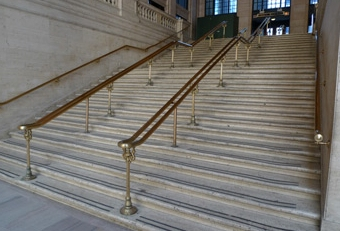 Chicago's Union Station - Baby-carriage stairs