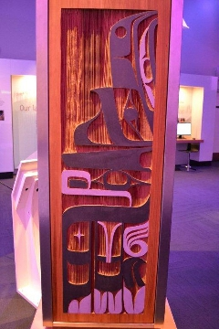 Raven side of Interactive Language Light Pillar by Francis Dick of the Kwakwaka'wakw